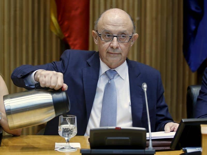 El Ministerio de Hacienda quiere el control de las cuentas catalanas.