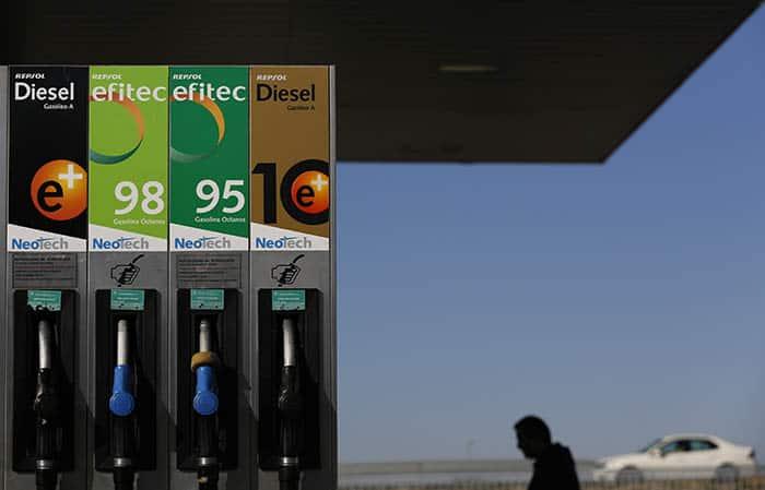 Una menor subida de los carburantes ha hecho moderarse a la inflación.