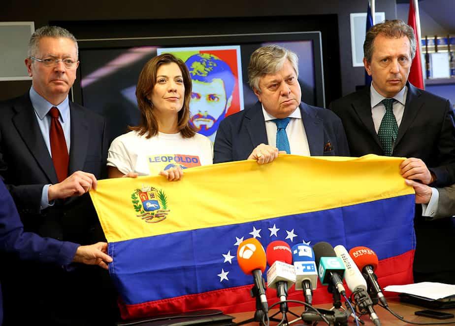 Rueda de prensa de los familiares y abogados de Leopoldo López. FOTO: Reuters