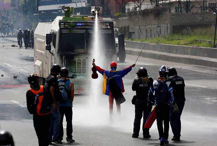 Marcha en Caracas contra Constituyente (24/05/07). Reuters
