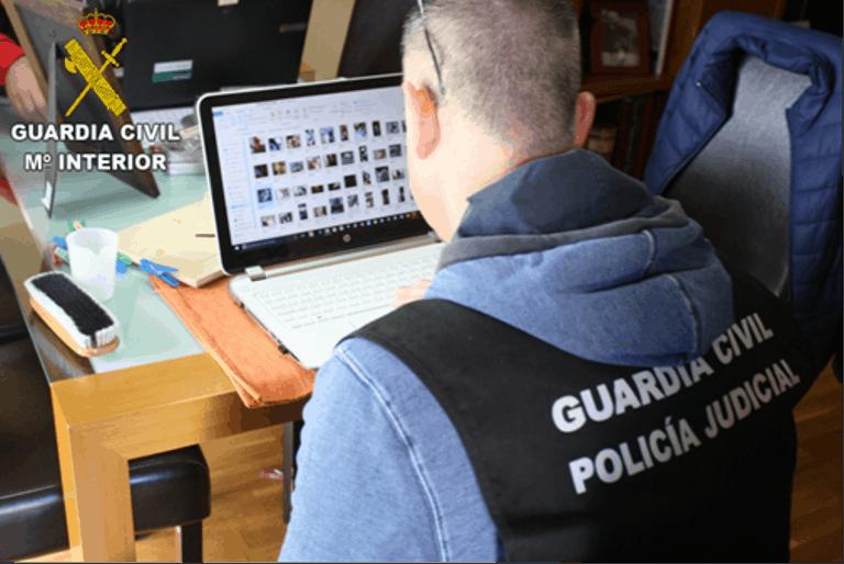 Operación de la Guardia Civil contra la pornografía infantil.