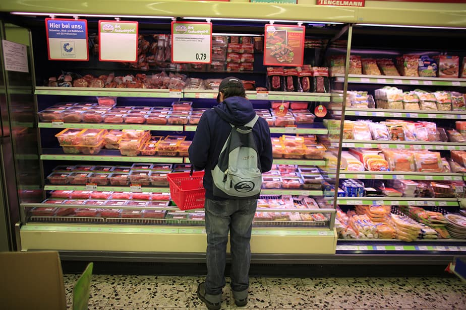 """El informe indica que es """"el mejor momento para el consumo en España de la última década"""". La economía española sigue creciendo."""
