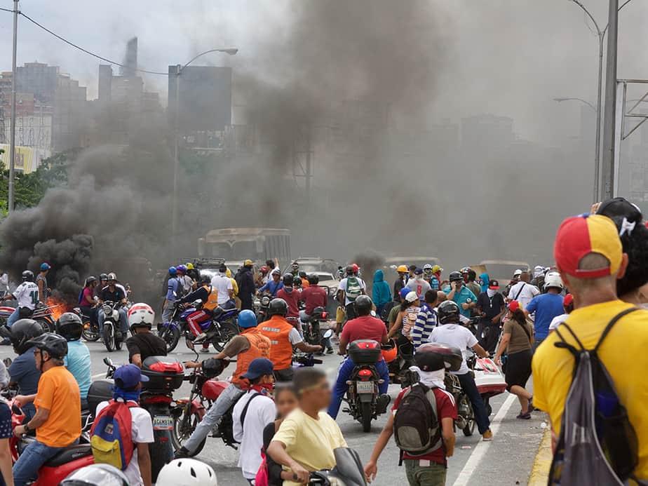 """La """"Marcha de los Estados"""" - Venezuela (13/05/2017). Foto: Cambio16"""