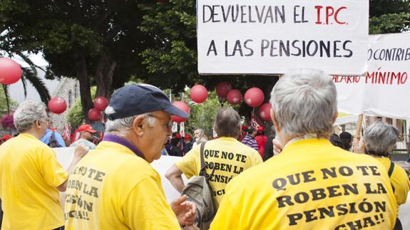 Los jubilados y los trabajadores que esperan ser algún día pensionistas, quieren ver garantizado su presente y su futuro.