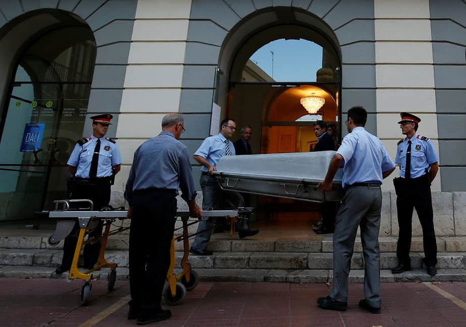 Exhumación de Dalí - Teatro Museo Dalí en Figueres (Reuters)