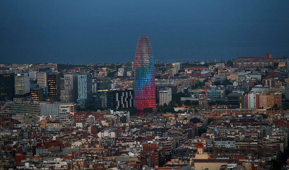 El rascacielos, uno de los símbolos de Barcelona, vuelve al mercado del alquiler, donde tampoco ha tenido mucha suerte