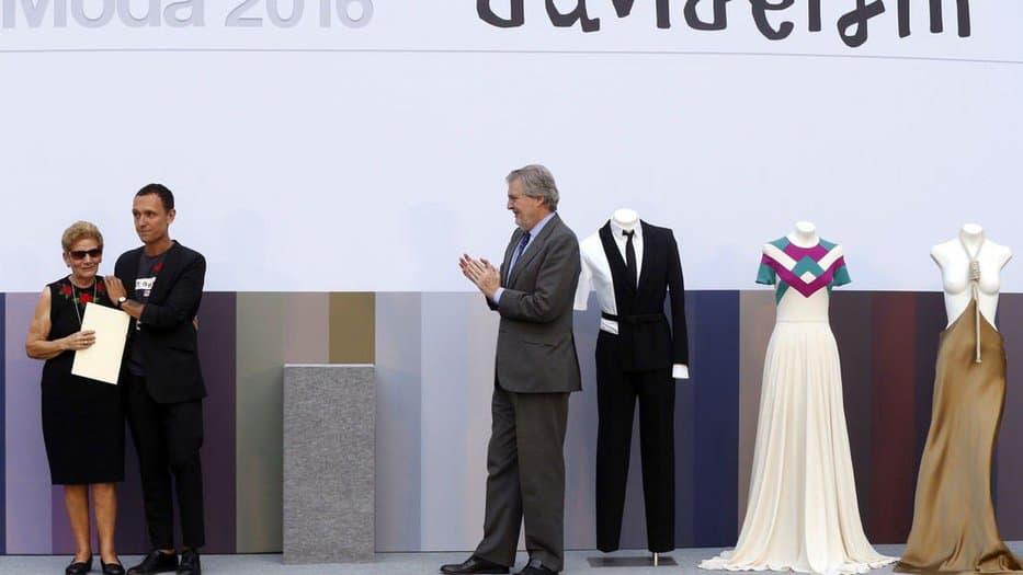 Homenaje a David Delfín en el Museo del Traje