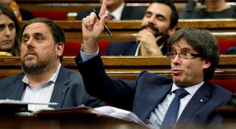 """Los independentistas en el Parlamento de Cataluña admitieron que la reforma """"es para el referéndum"""""""