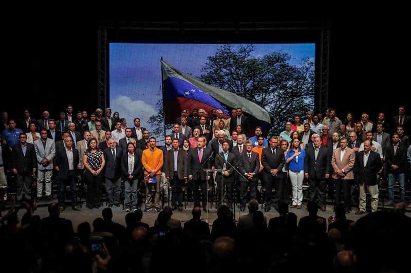 Oposición en Venezuela logra el premio Sajarov.