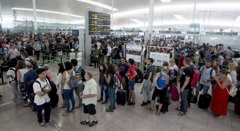 """El vicepresidente del lobby que agrupa a las principales empresas turísticas, Exceltur, José Luis Zoreda, ha declarado que una potencial huelga del personal de Aena y Enaire en los aeropuertos españoles sería """"terrorífica, indeseable y perfectamente corregible""""."""