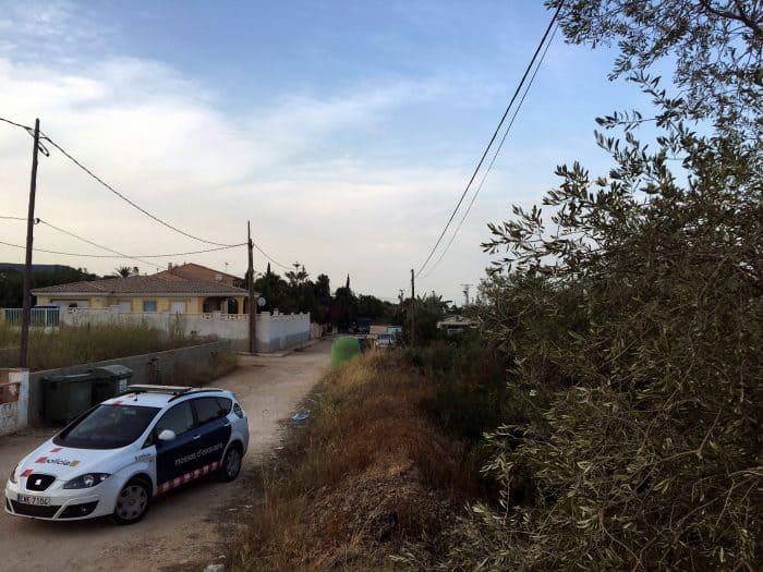 Los Mossos alertan a los vecinos antes las explosiones controladas en Alcanar