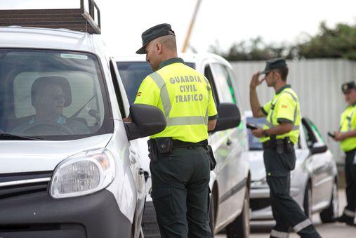 Más de 2.700 conductores dieron positivo en controles por alcohol y drogas en el dispositivo de Tráfico del puente del 15 de agosto