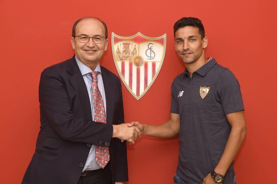 Jesús Navas ficha con el Sevilla para las próximas cuatro temporadas