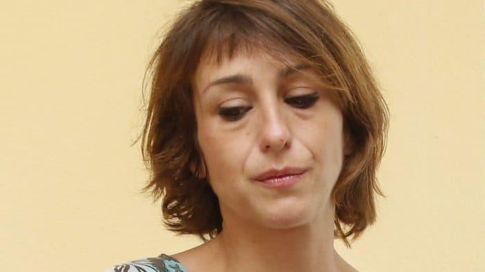Juana Rivas, la madre de Maracena, fue detenida por la policía a su llegada a la sede judicial.