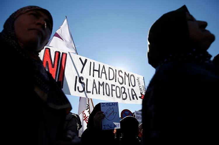 Manifestacion de musulmanes contra Daesh y el terrorismo en Barcelona