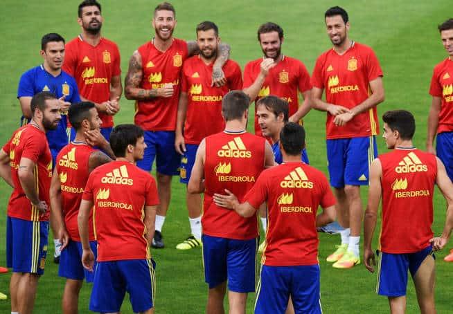 """""""La Roja"""", como se le conoce a la selección, de España, estará en las fachadas de Moscú"""