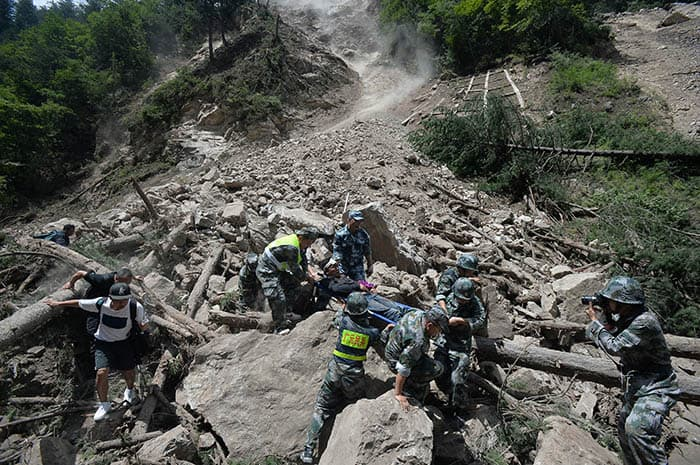 Consecuencias del terremoto que ha tenido lugar en el suroeste de China.