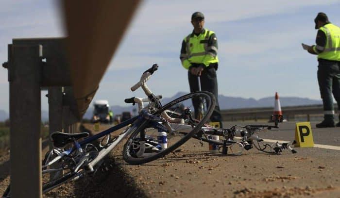 Imprudencia El Código Penal castigará con hasta nueve años de prisión el abandono de un fallecido a consecuencia de un accidente