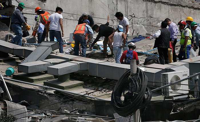 Rescate Gobierno mexicano defiende sus esfuerzos de rescate ante rumores de abandono