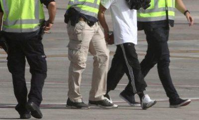 Detenido por enviar videos torturando a su hijo.
