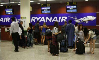 Fomento advierte sanciones a Ryanair si no atiende derechos de pasajeros