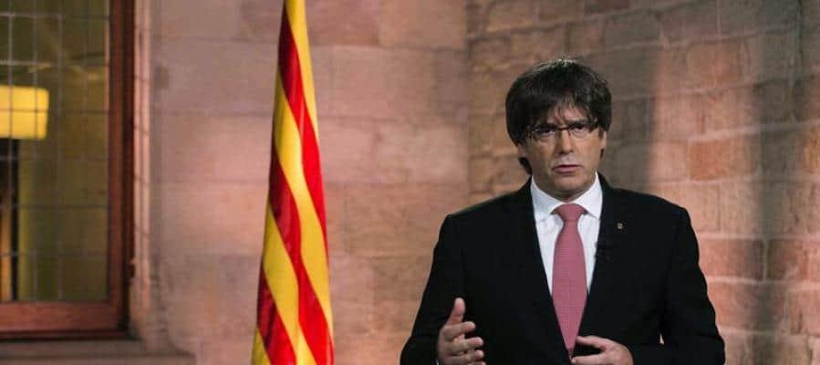 Puigdemont sigue insistiendo en la declaración de independencia.