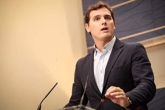Rivera defiende su postura respecto a Cataluña.