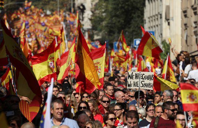 """La llamada """"mayoria silenciosa"""" de Cataluña se ha manifestado por la unidad de España"""