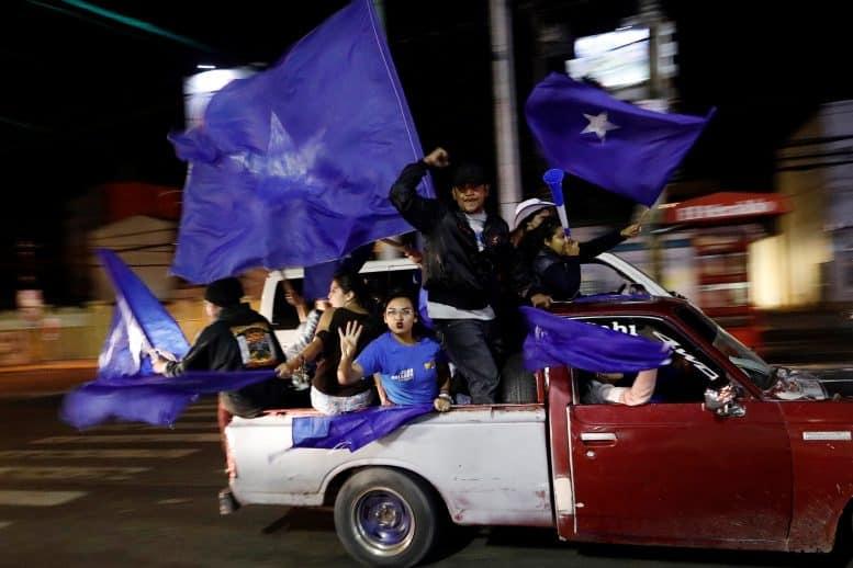 Elecciones Honduras Ambos candidatos se declaran vencedores en las elecciones de Honduras