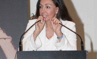 Esther Koplowitz recibe el premio a la solidaridad de Cambio16