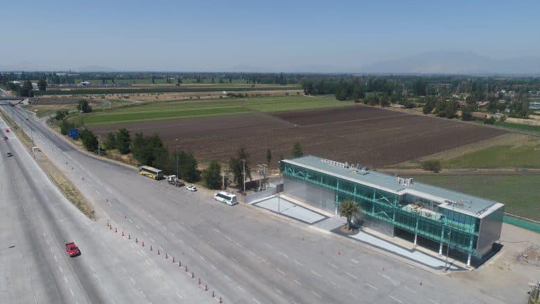 FCC pone en servicio un tramo de la autopista Santiago Lampa en Chile