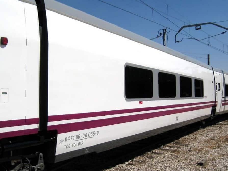 Muere una joven arrollada por el tren en Cartagena