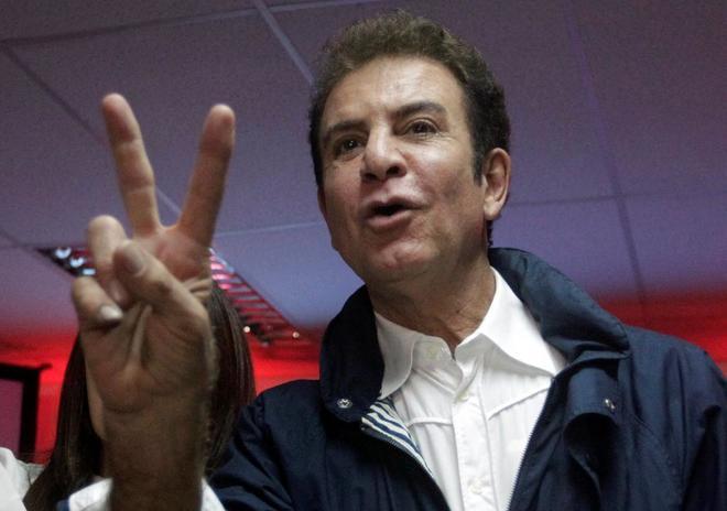 Nasralla encabeza las elecciones en Honduras pese a la confusión