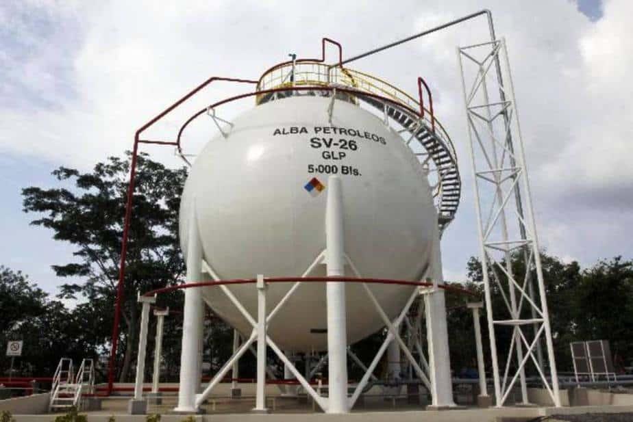 Trinidad invierte en sus campos de gas