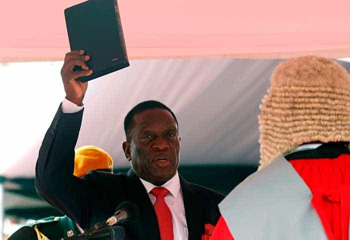 Emmerson Mnangagwa fue juramentado como presidente interino de Zimbabue hasta las esperadas elecciones del próximo año