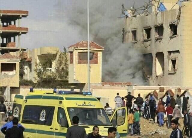 Aumenta a 235 los muertos en ataque terrorista en mezquita en Sinaí egipcio
