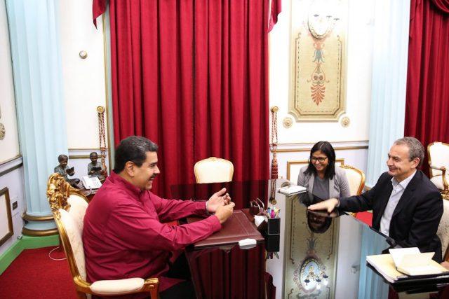Nicolás Maduro, recibió este miércoles al expresidente del Gobierno español José Luis Rodríguez Zapatero en el palacio presidencial de Caracas,