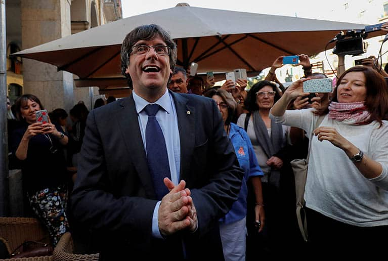 Puigdemont sí ve alternativas a la independencia.