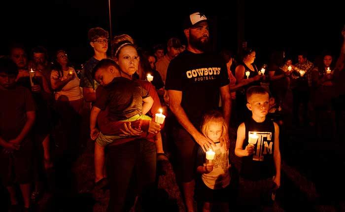 En Texas se congregaron para rendir honores a las víctimas del tiroteo