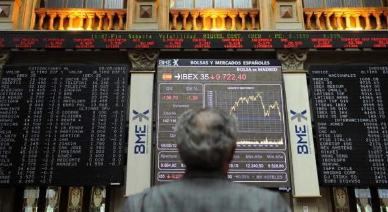 Últimas noticias en España: La incertidumbre política en España e Italia castiga a los mercados