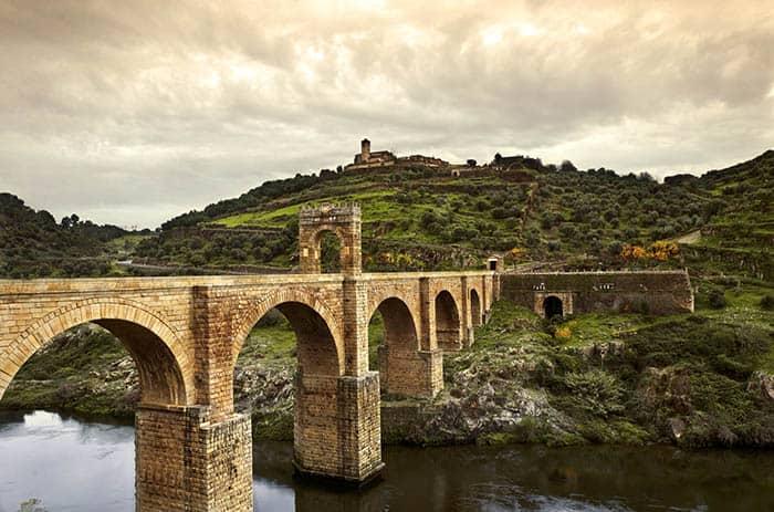 Puente romano de Alcántara, en Extremadura.