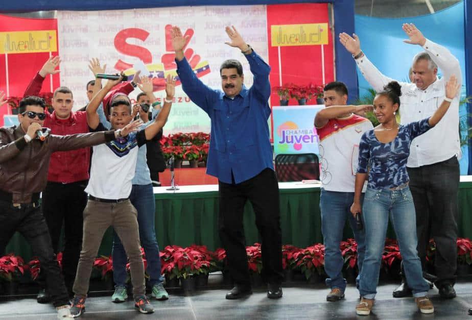 El anuncio del 'petro' vino durante un especial de Navidad en la televisión estatal con canciones y bailes de temporada