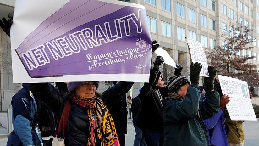 Marchas de protesta al revocar EE.UU. las reglas de neutralidad de la Red aprobadas por Obama