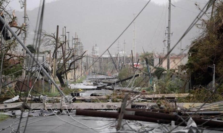 Sigue la penumbra a tres meses del huracán