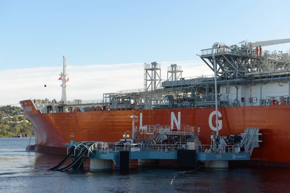 Sistema de GNL flotante es único en el mundo