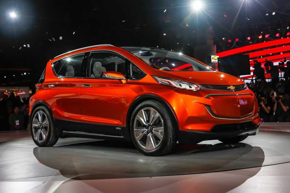 Chevrolet compite con Tesla en la venta de coches