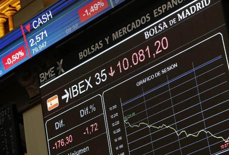 Inersores IBEX35. Los inversores comienzan el año con apetito comprador pese a la incertidumbre política