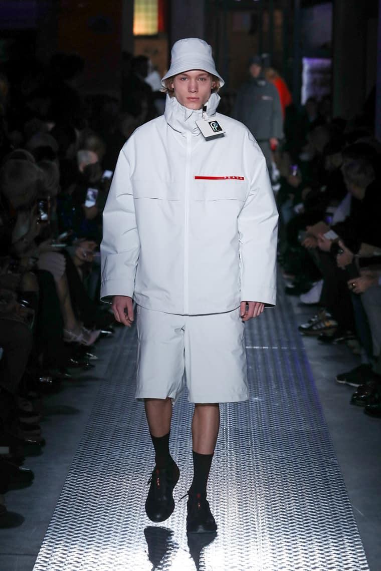 Entre las propuestas está esta chaqueta windbreaker