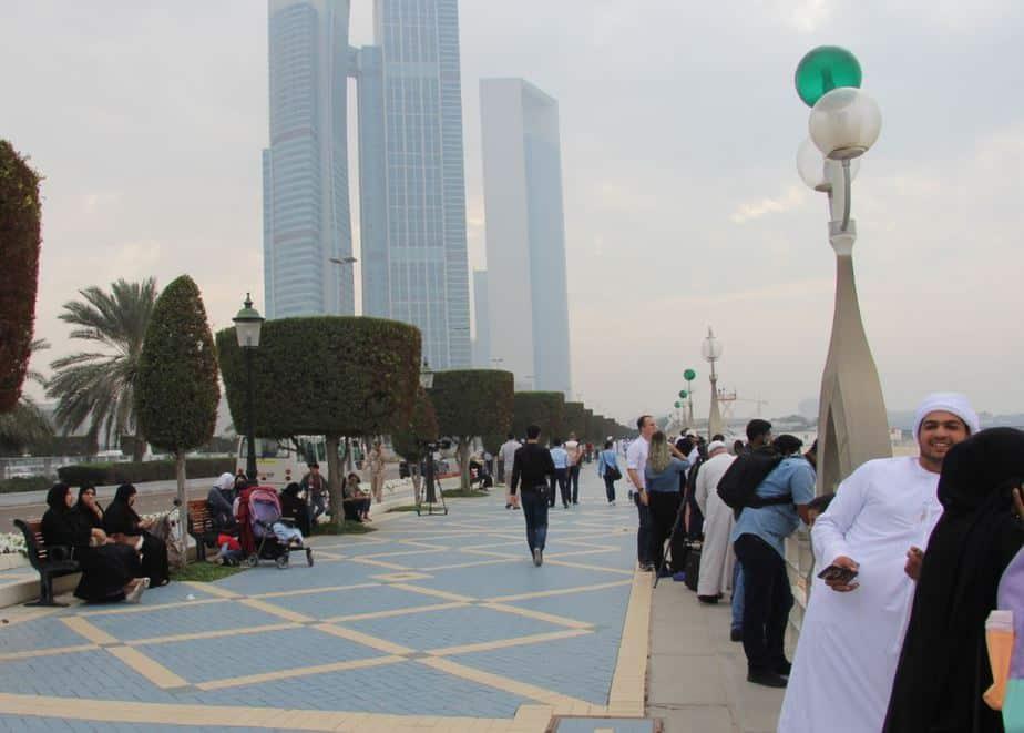 En la asamblea de Abu Dhabi acordaron precios para las renovables