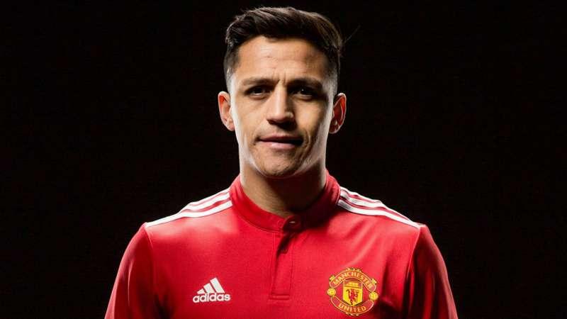"""Alexis Sánchez dice que está encantado de unirse al """"club más grande del mundo"""" después de que se completara su traslado al Manchester United"""